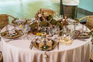 Tavolo legno con muschio