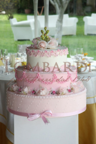 Torta_3piani_rosa