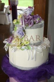 Torta_Bianca_nastro-argento-e-rose