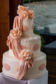 Torta_cascata-di-rosa_arancio